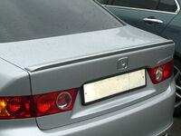 Спойлер на крышку багажника Honda Accord VII