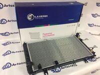 Радиатор охлаждения двигателя Luzar на Лада Гранта, Калина 2 автомат