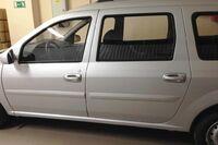 Евроручки дверей Тюн-Авто в цвет автомобиля на Лада Ларгус