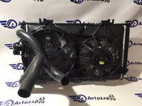 Радиатор охлаждения двигателя и кондиционера в сборе на Лада Приора Hella